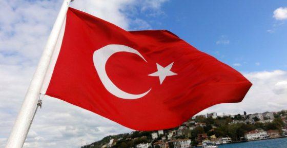 터키, 리라화 폭락 후 비트코인 홈페이지 접속률 42% 상승