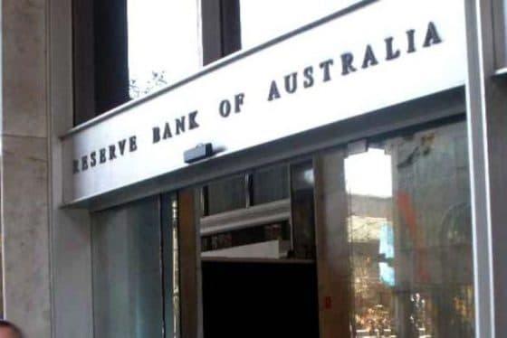 """중앙은행들, """"디지털 통화에 블록체인 이점 별로 없어"""""""