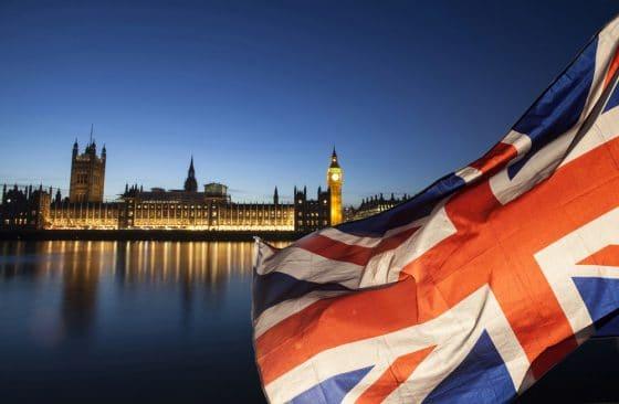영국 규제당국, 암호화폐 하락에 규제 칼날 '무뎌졌다'