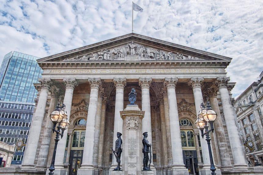 런던 증권 거래소, 홍콩 암호화폐 거래소에 기술판매 승인… 암호화폐 사업 진입하나