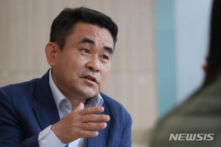 """[인터뷰] """"코인은 투기? 사기?…블록체인 육성 필요"""""""