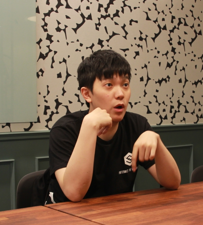 지난 9일 이오스트 블록체인 프로젝트를 진행하고 있는 지미 정 CEO가 블록미디어와 인터뷰를 진행했다.